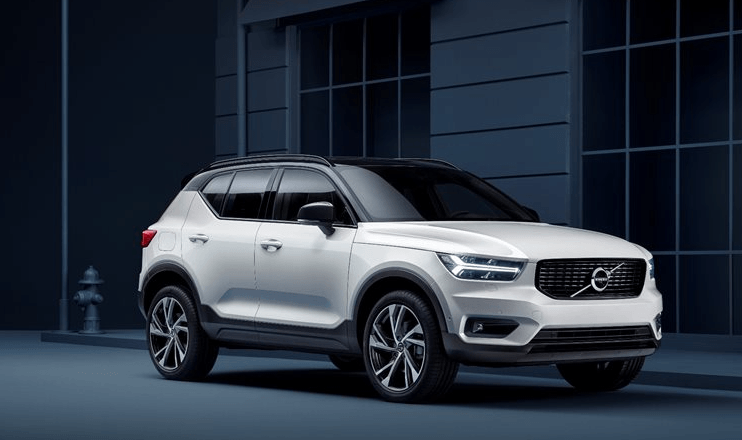 2020-Volvo-XC40-.png