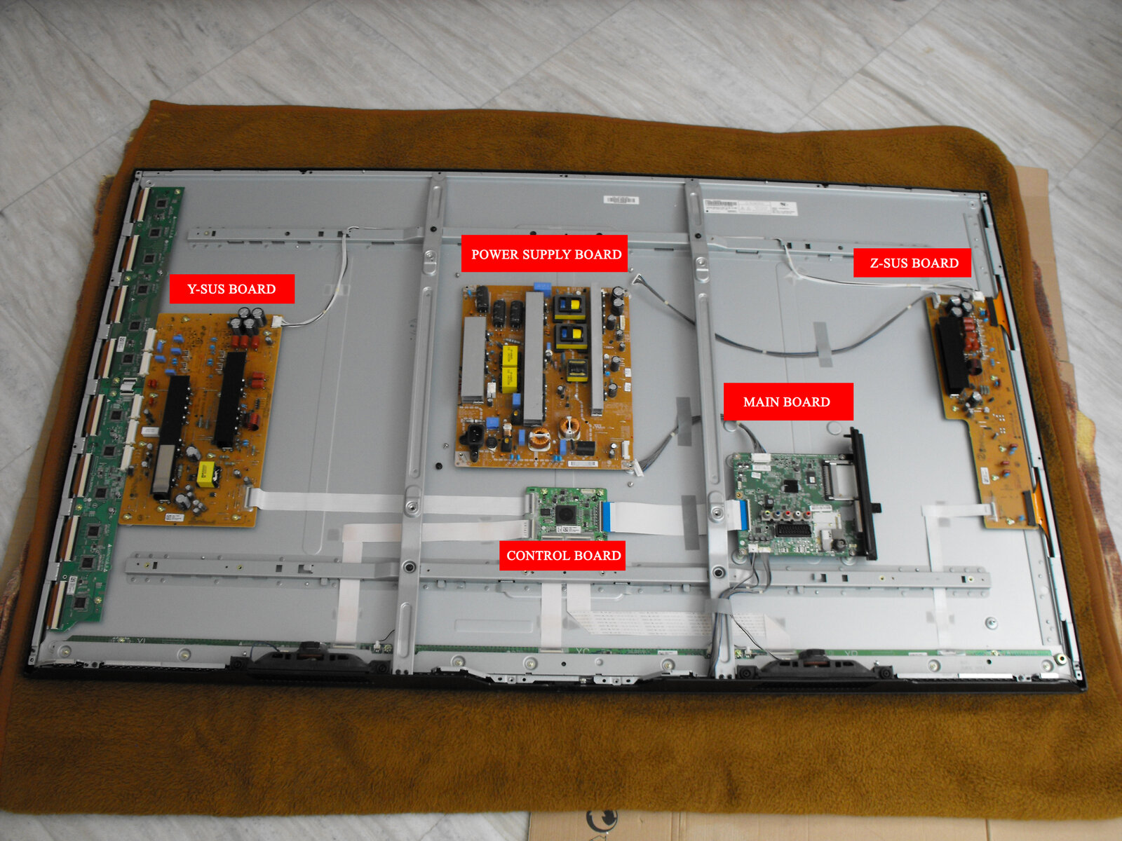 60PB5600 boards.jpg