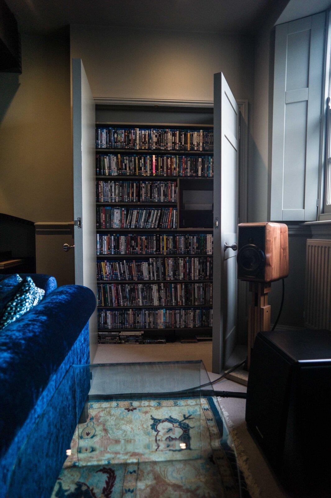 Cineme storage 1-9513538.jpg