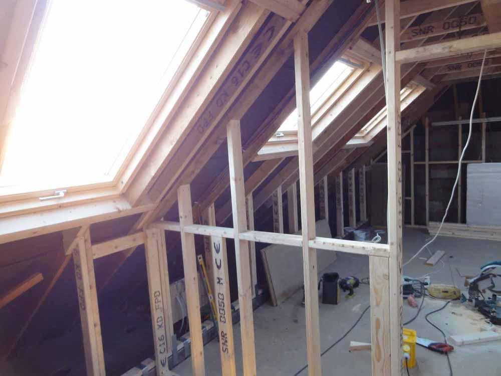 DSC01101-loft-home-cinema-frame-cupboard.jpg