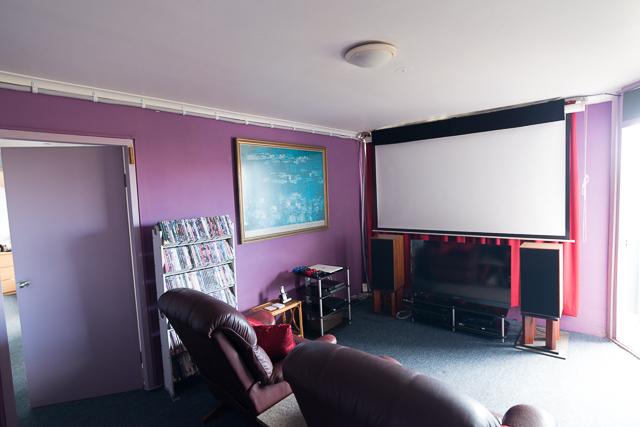 Full lounge shot (1 of 1)-2.jpg