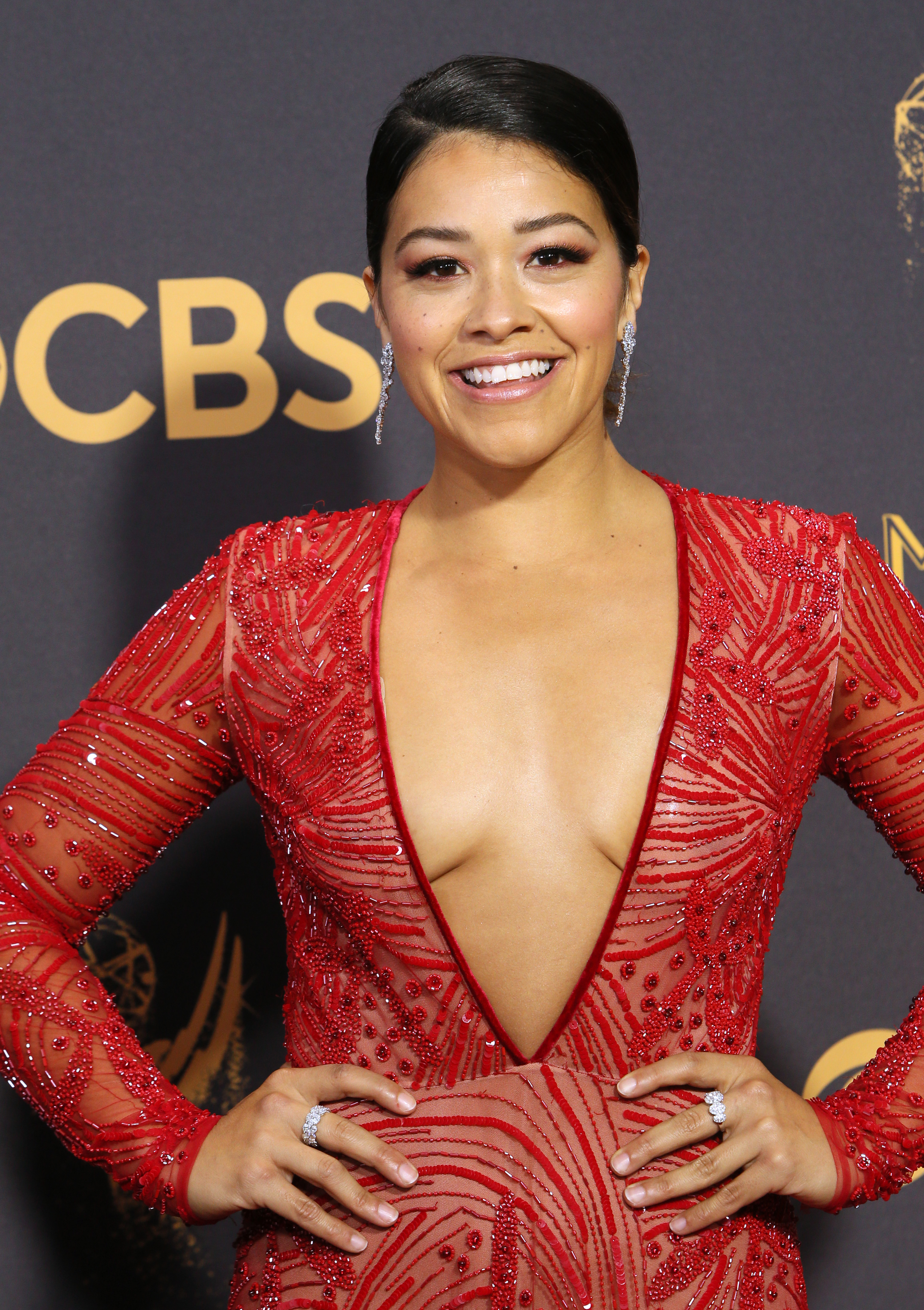 gina-rodriguez-emmy-awards.jpg
