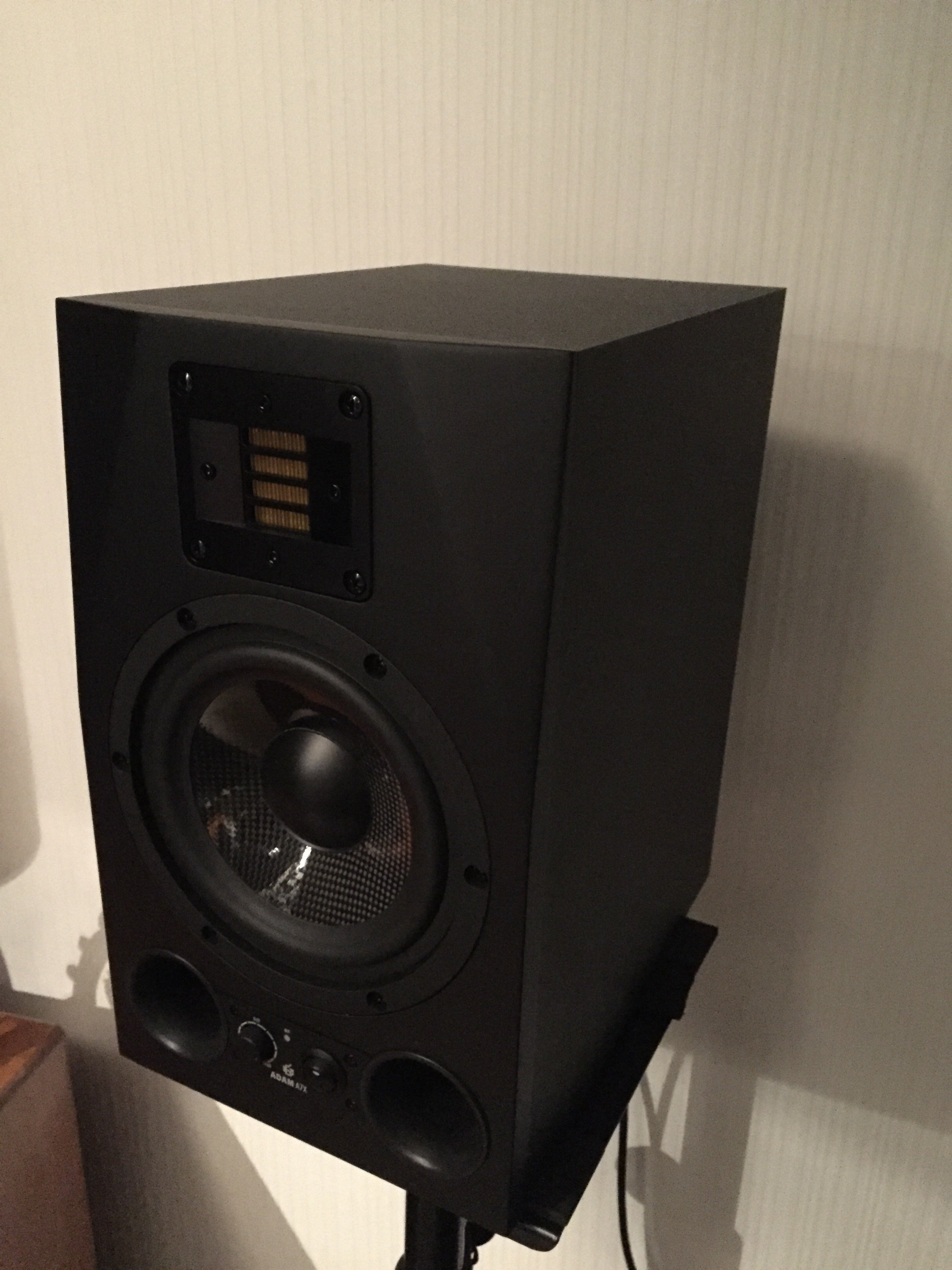 What speakers do YOU have? List/Photos only, no chat! | Page