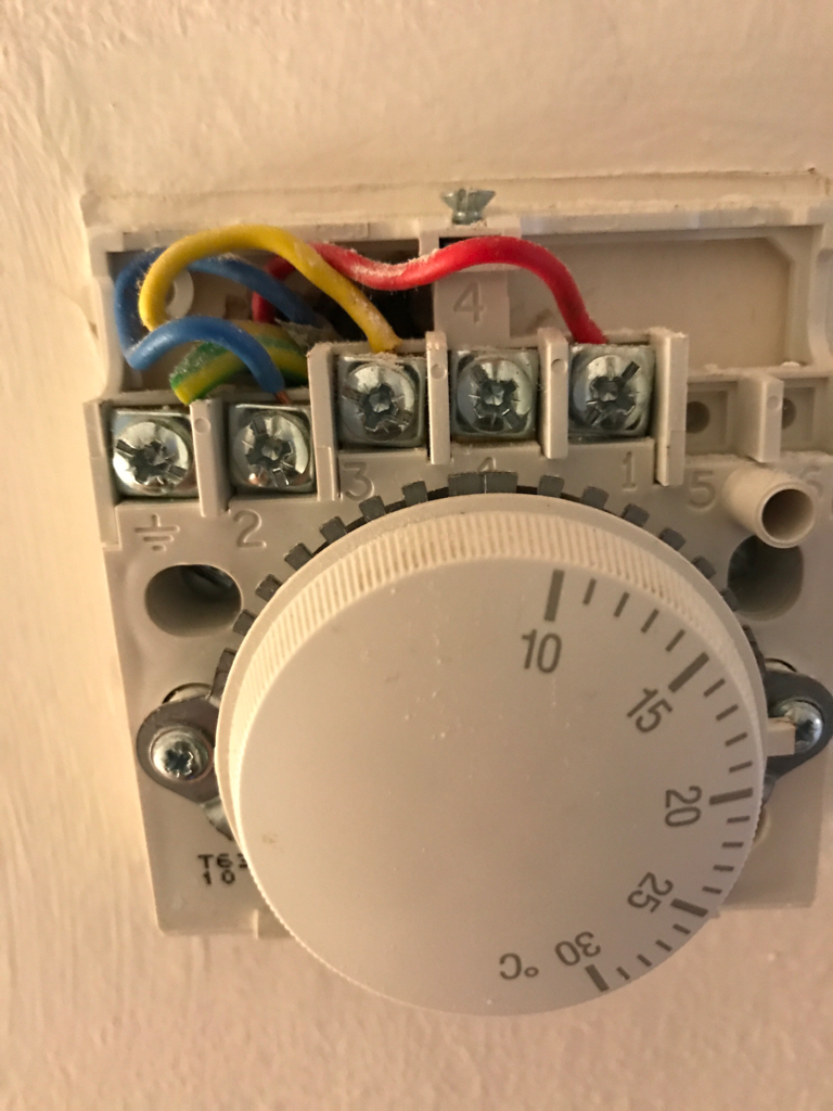 Here's the remote thermostat IMG_1292.JPG
