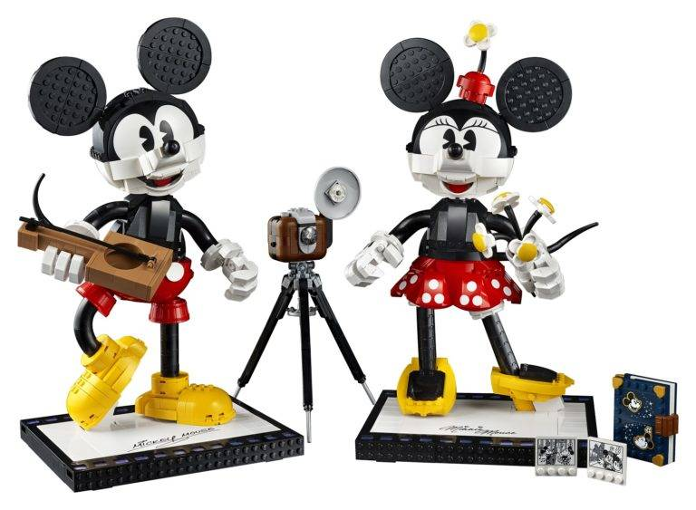 lego-reveals-buildable-mickey-mouse-minnie-mouse-set-coming-this-summer-768x563.jpeg