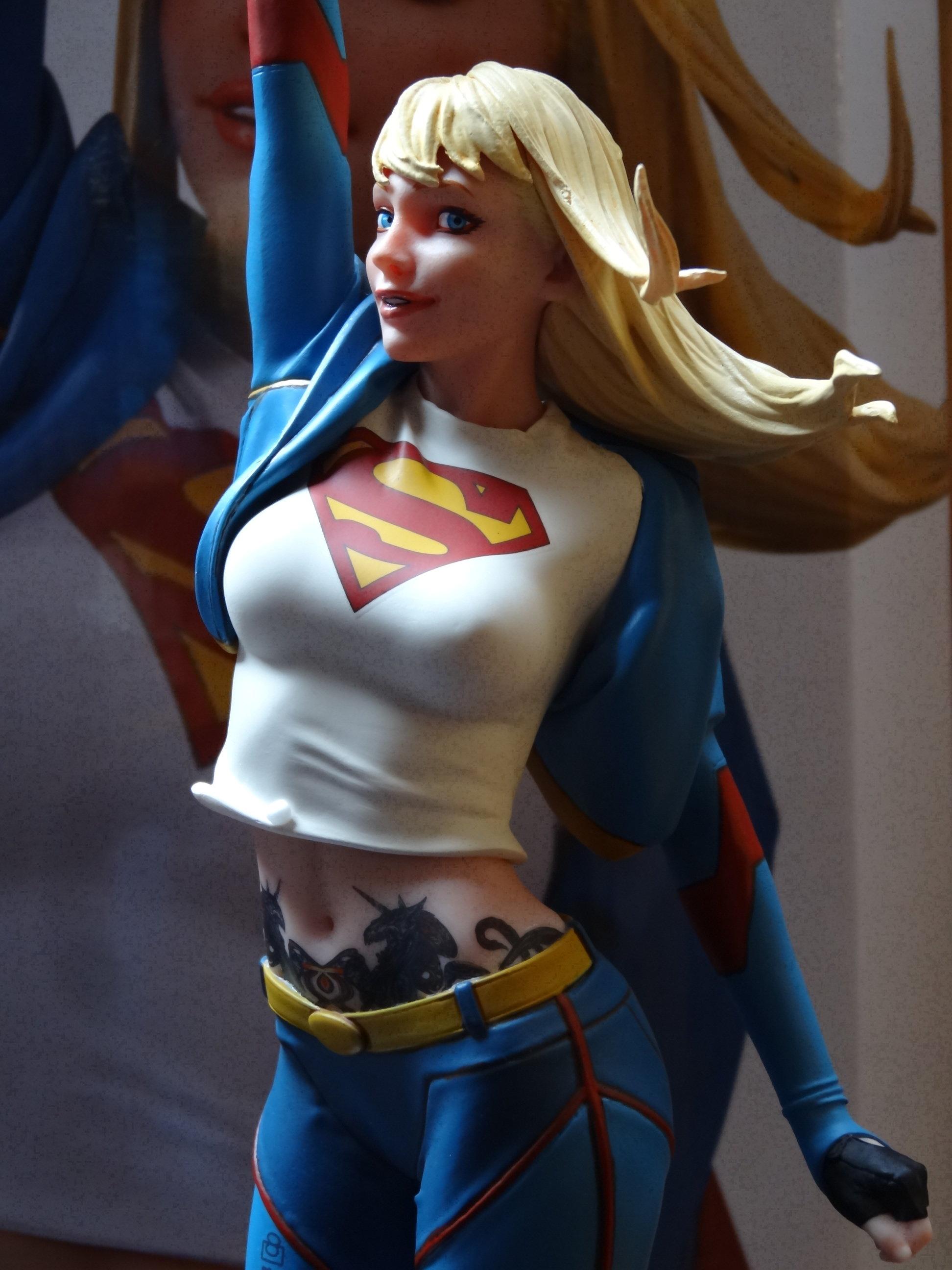 SupergirlGarage3.JPG