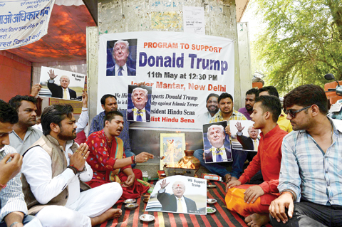 trump-supporters-in-india.jpg