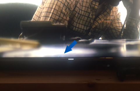 Samsung KS8000- Can anyone tell me what this ring of light is? dead