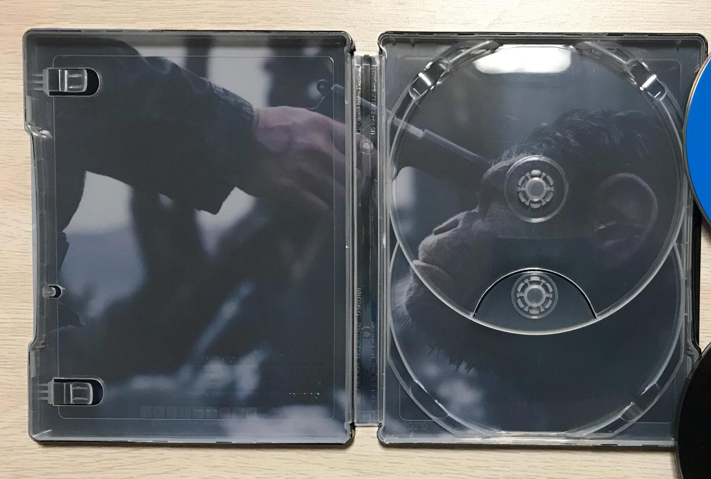 war-for-the-planet-of-the-apes-steelbook-manta-lab-2-jpg.985641