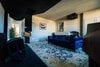 Cinema room dark velvet-9513610.jpg