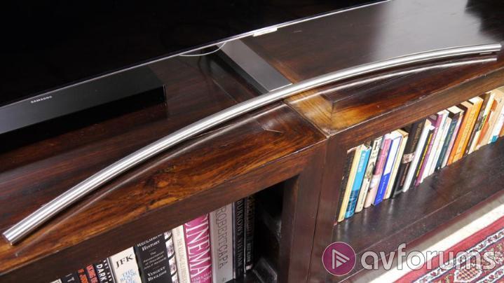 Samsung QE65Q8C Design