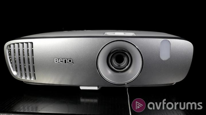 BenQ W1110 Features and Specs