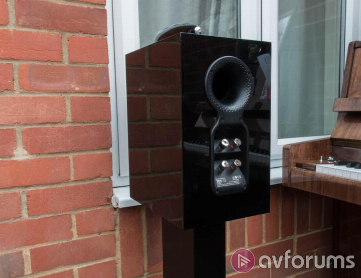 Bowers & Wilkins 705 S2 Design