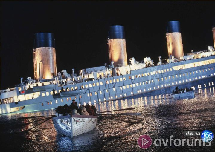 Titanic 3D Re-Mastered Picture