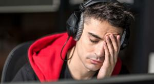 What are the main causes of listening fatigue?