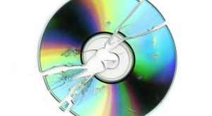 CD sales plummet as streaming grows