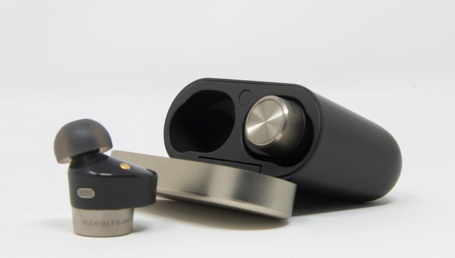 Bowers & Wilkins PI7 True Wireless In-Ear Earphone Review