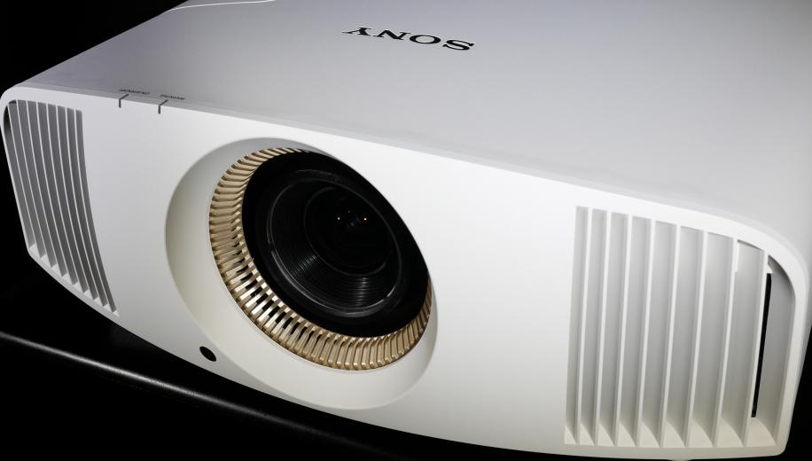 Sony VPL-VW550ES 4K HDR Projector Review