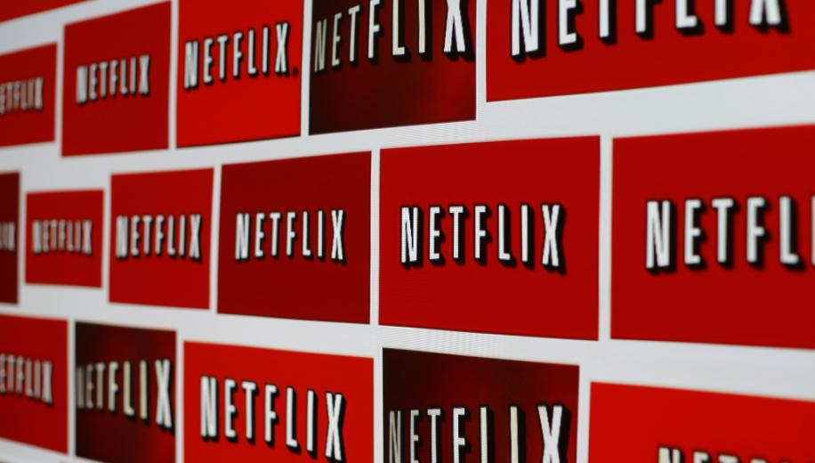 Netflix gets subscriber boost ahead of rival's challenge