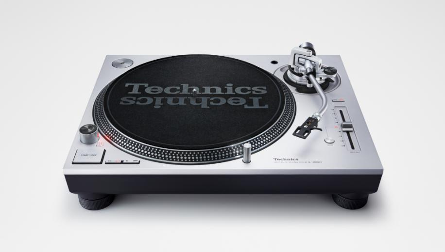 Technics launches SL-1200MK7 DJ turntable in silver