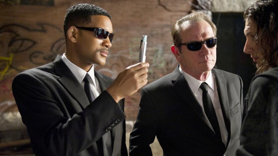 Men in Black Movie Review