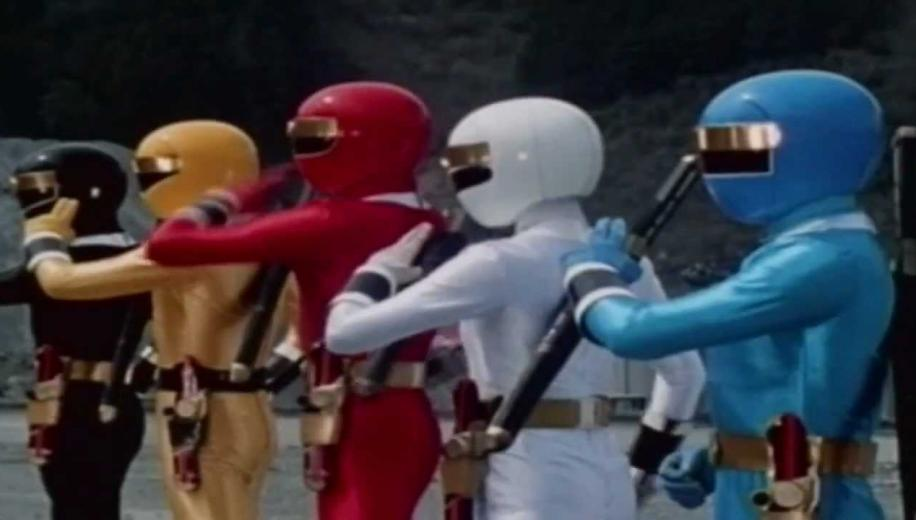 The Best Of Power Rangers : The Ultimate Rangers DVD Review