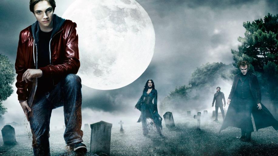 Cirque du Freak: The Vampire's Assistant Movie Review