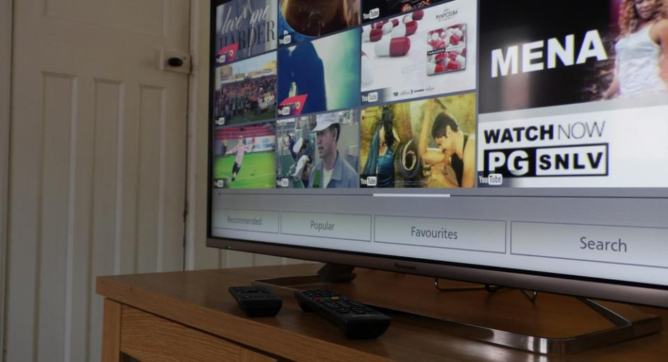 Panasonic TX-48AX630 (AX630) Ultra HD 4K TV Review