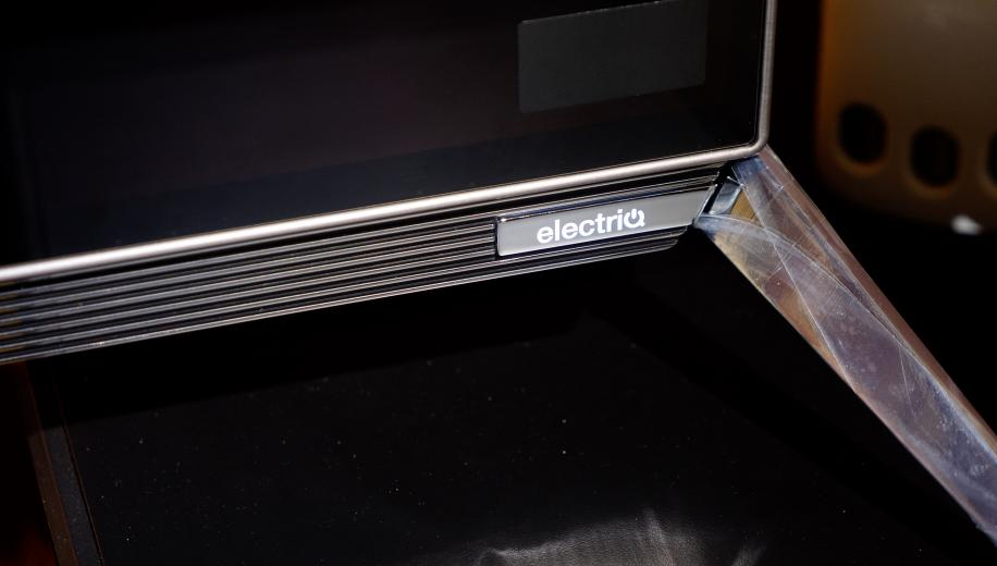 electriQ 55 OLED TV Review