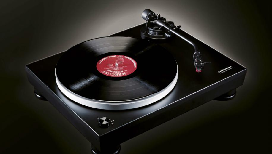 Audio Technica AT-LP5 Turntable Review