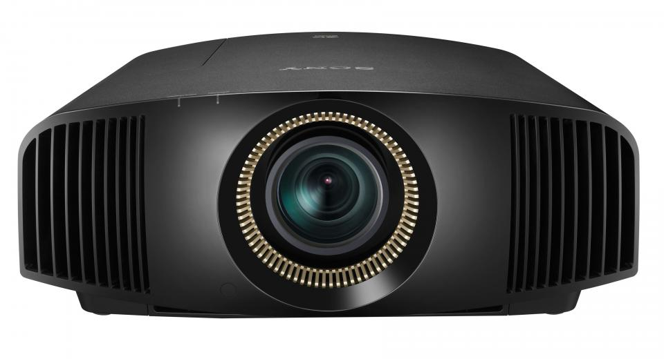 IFA 2013 - First Look at Sony VPL-VW500 4K Ultra HD Projector