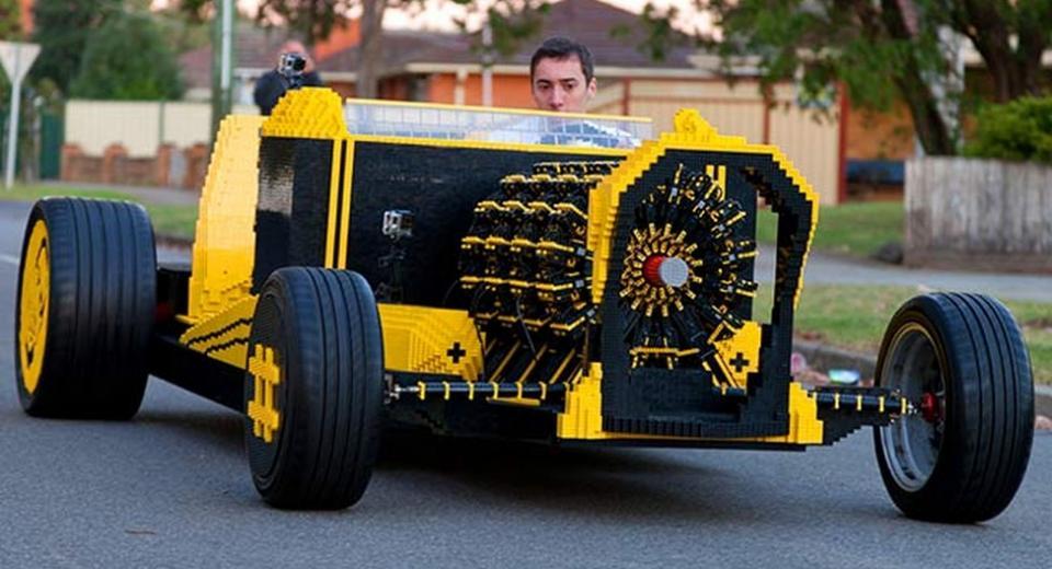 Aussies build driveable Lego Hot Rod