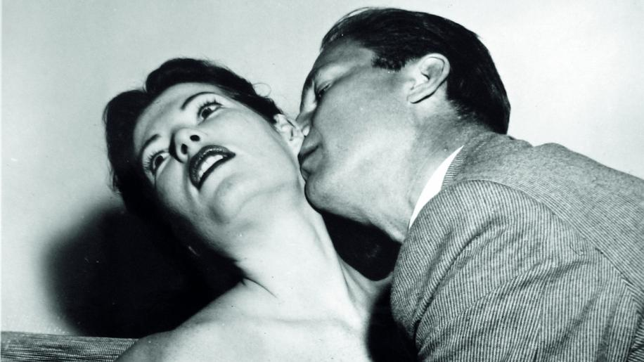 Kiss Me Deadly Movie Review