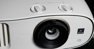 Epson EH-TW6600W 3LCD Projector Review