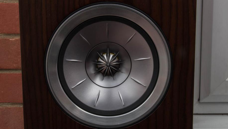 KEF R500 Floorstanding Speaker Review