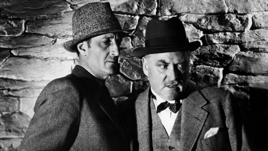 Sherlock Holmes in Washington Review