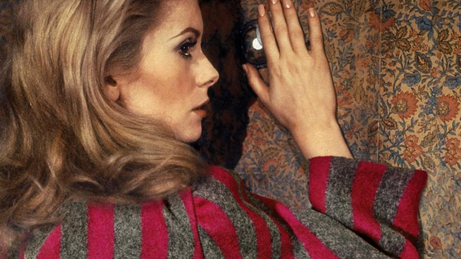 Belle de Jour Review