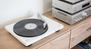 Denon Launches DP-400 and DP-450USB turntables