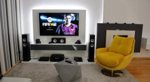 From the Forums: Beautiful Living Room Home Cinema Setup