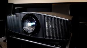 Sony VPL-VW870ES 4K SXRD Laser Projector Review