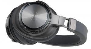 Audio-Technica introduces pure digital wireless headphones
