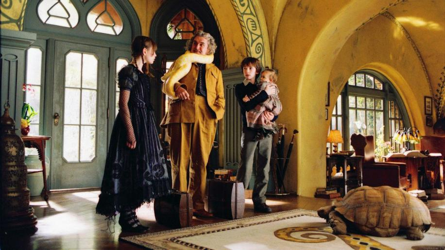 Lemony Snicket's A Series Of Unfortunate Events DVD Review