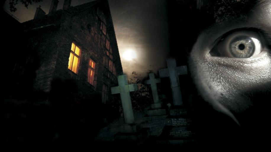 Quella villa accanto al cimitero Review