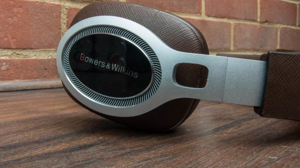 Bowers & Wilkins P9 Signature Headphones Review