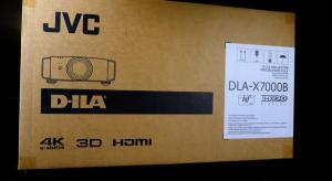 First Look & Unboxing the JVC DLA-X7000B Projector