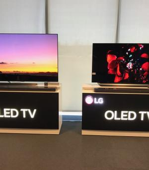 LG demo OLED and SUPER UHD 2018 TVs