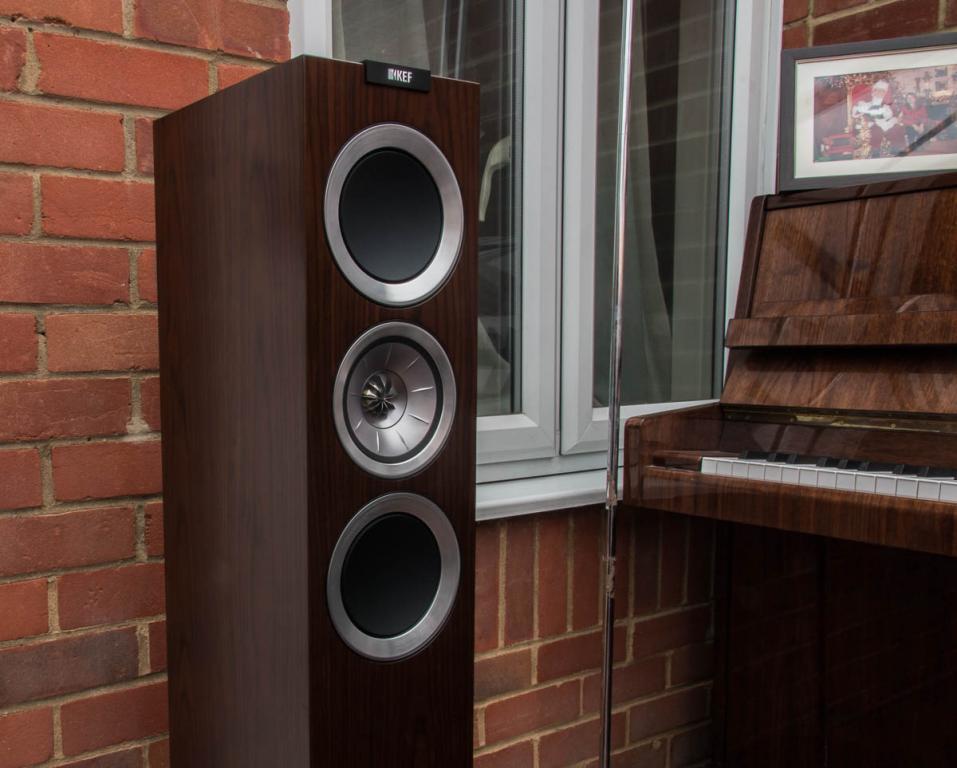 KEF R500 Hi-Fi Speaker Review
