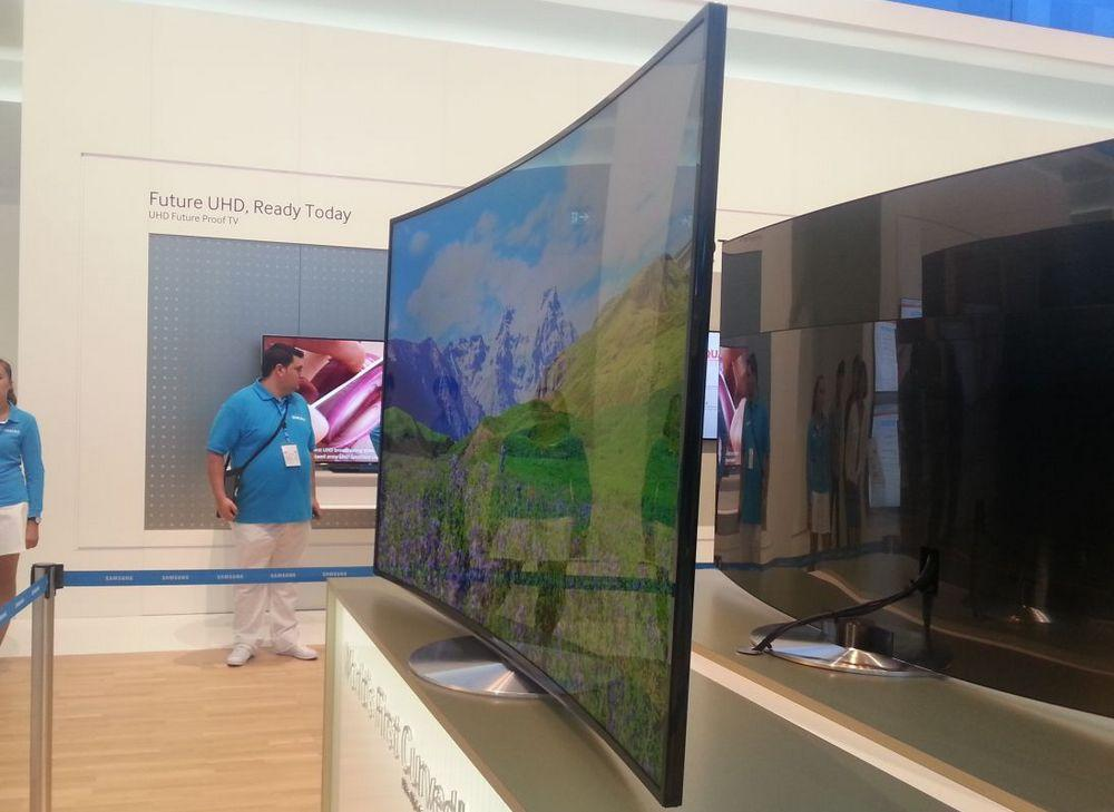 Ifa 2013 Samsung Announces World S First Curved 4k Led
